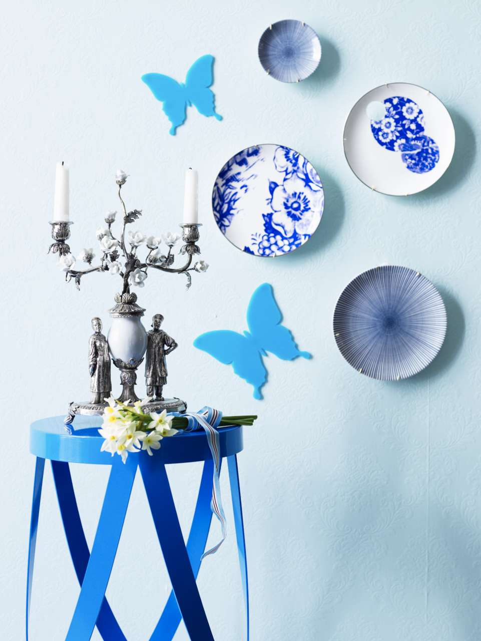 CIN-00031657 Blue Candle Stick Plates & Stool-012