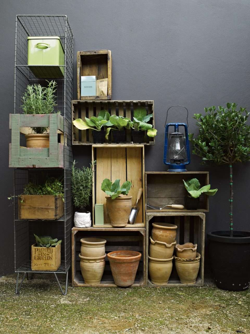 Garden Storage Display 029