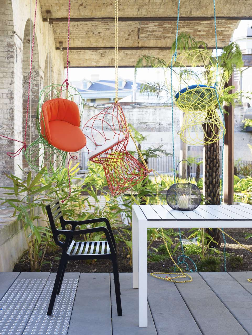 Habitus Outdoor Furniture Hanging Chairs-016