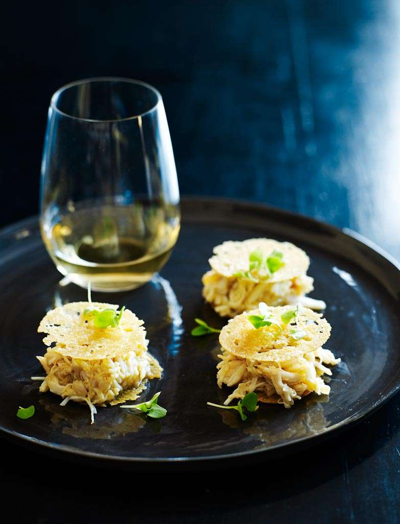 C140F5EA-Shannon-Bennett-Mud-Crab-with-Gascony-butter-034