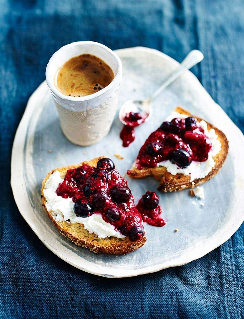 C80117_PROGRAM_Ricotta-&-Chia-Berry-Jam-on-Toast-020