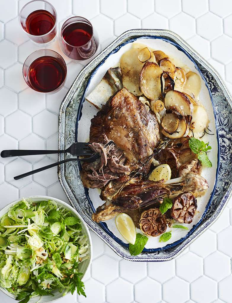 C159D011 Slow roasted lamb with Brussel sprout slaw 030